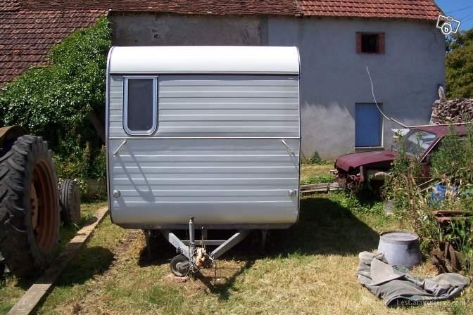 caravanes anciennes a vendre sur le net page 132 forum les caravaniers2 com. Black Bedroom Furniture Sets. Home Design Ideas